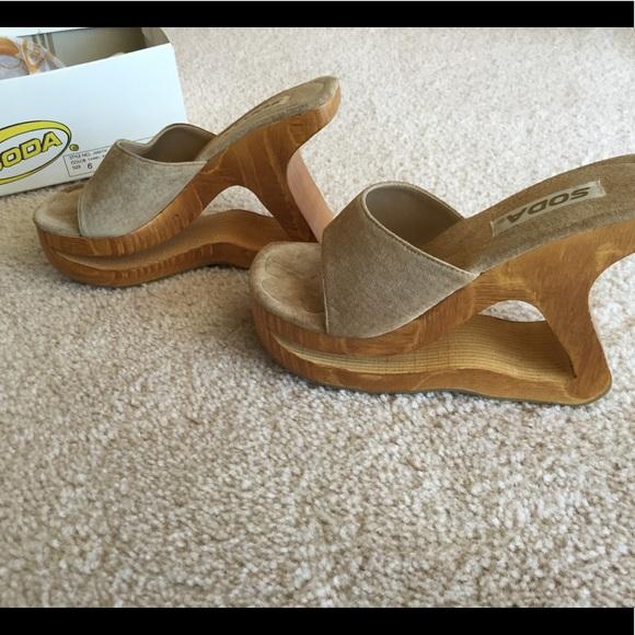 Soda Judith Wood Carve Shoe Super Rare Never Worn 35444c75c
